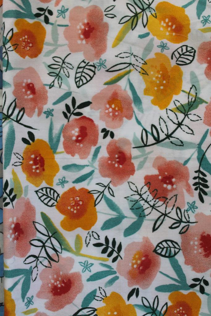 Fleurs roses et oranges